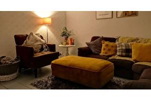 Bunte Polsterhocker für Ihr Wohnzimmer - ein Überblick über die beliebtesten Modelle