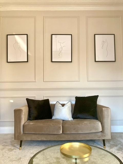 Graues kleines Sofa Slender bei Francesca