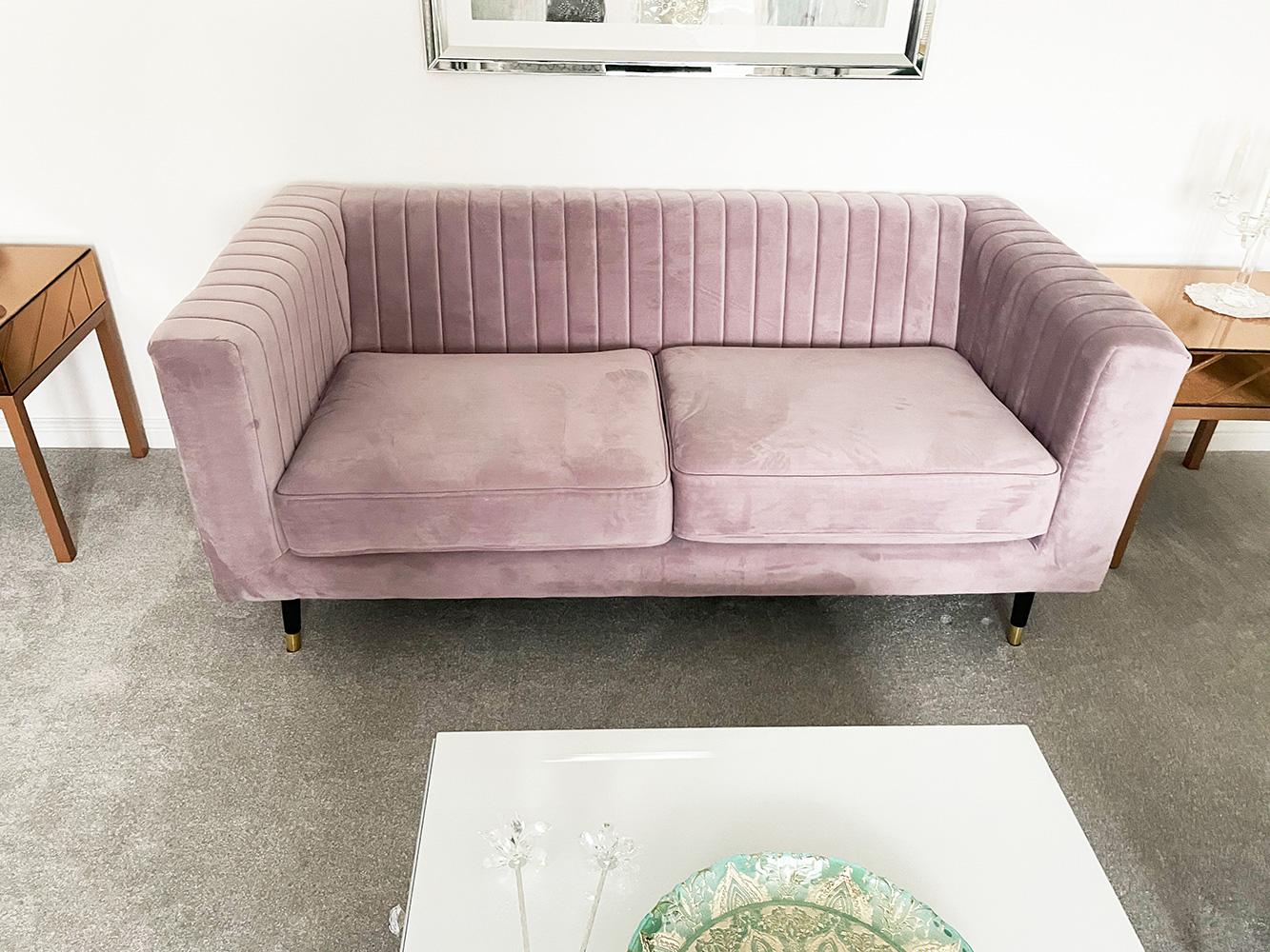 Rosanes Sofa Slender im modernen Wohnzimmer