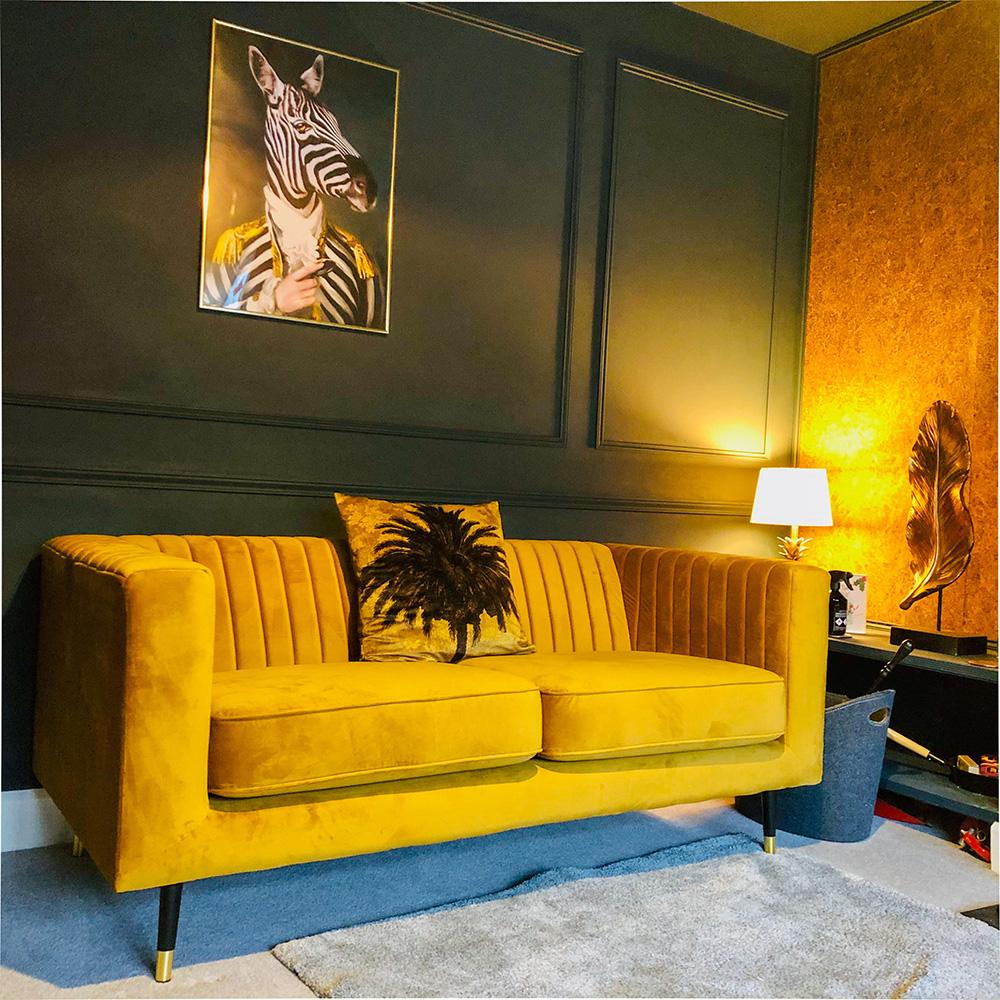 Senfgelbes schlankes Sofa von Russell
