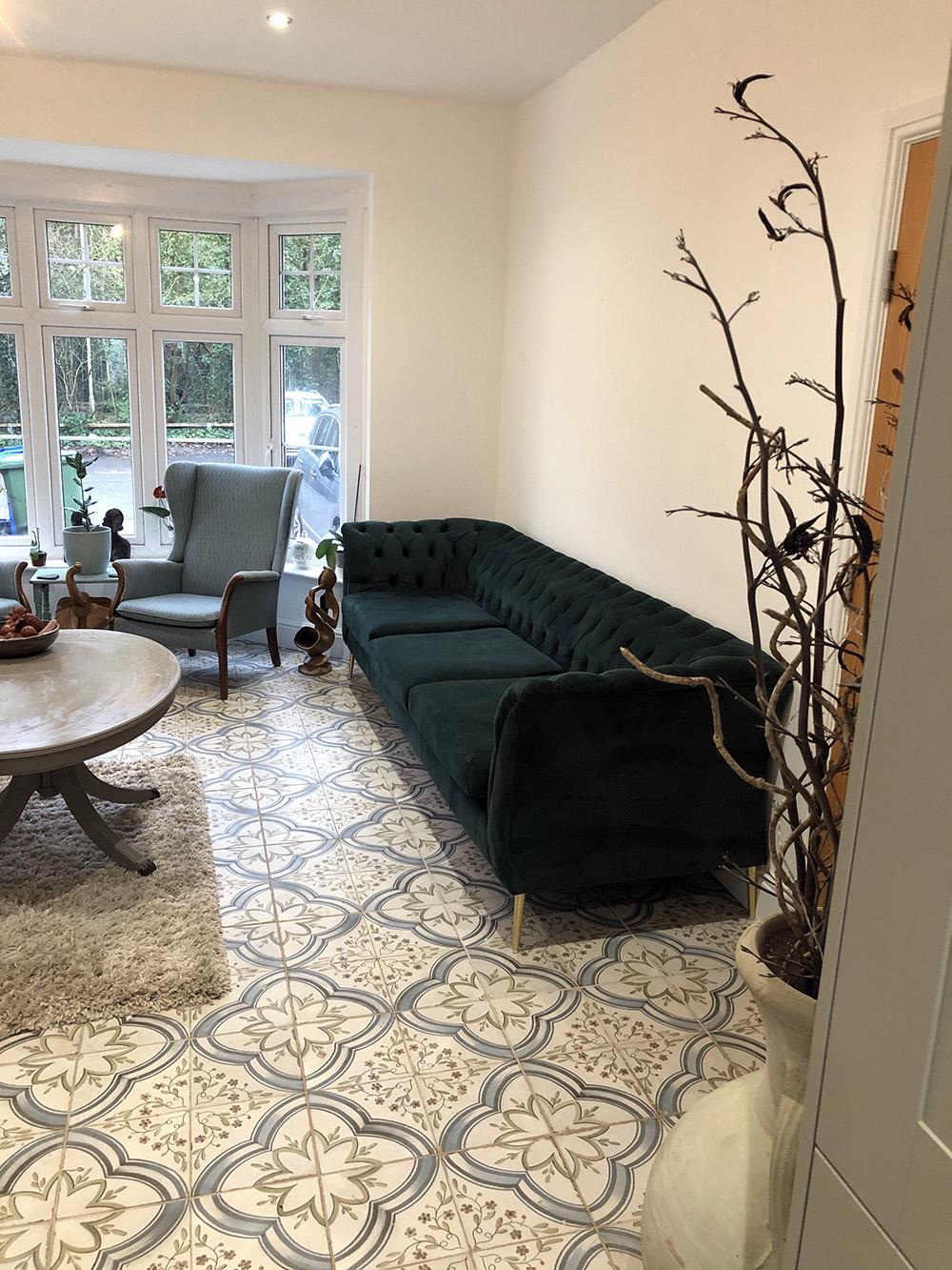 Grünes Chesterfield Modern Sofa von Victoria