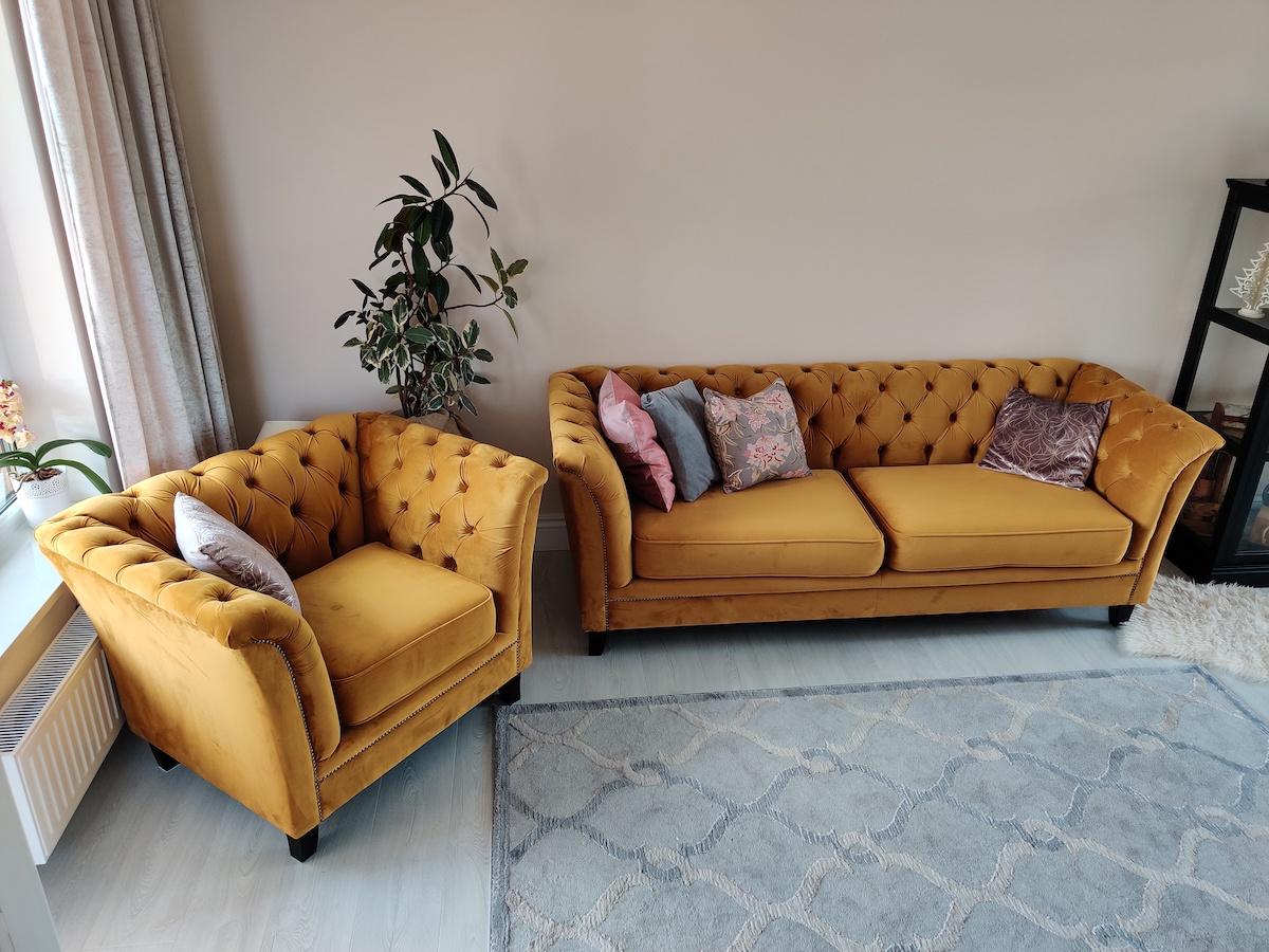 Gelbes gestepptes Sofa Karin